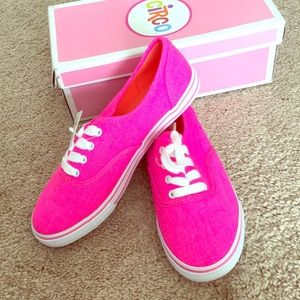 Bright Neon Pink sneaker. New with box